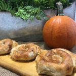 sweet-pumpkin-rolls